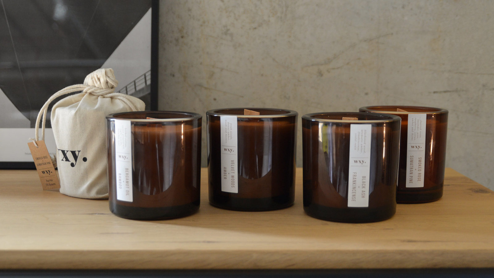 Scented wood wick candles