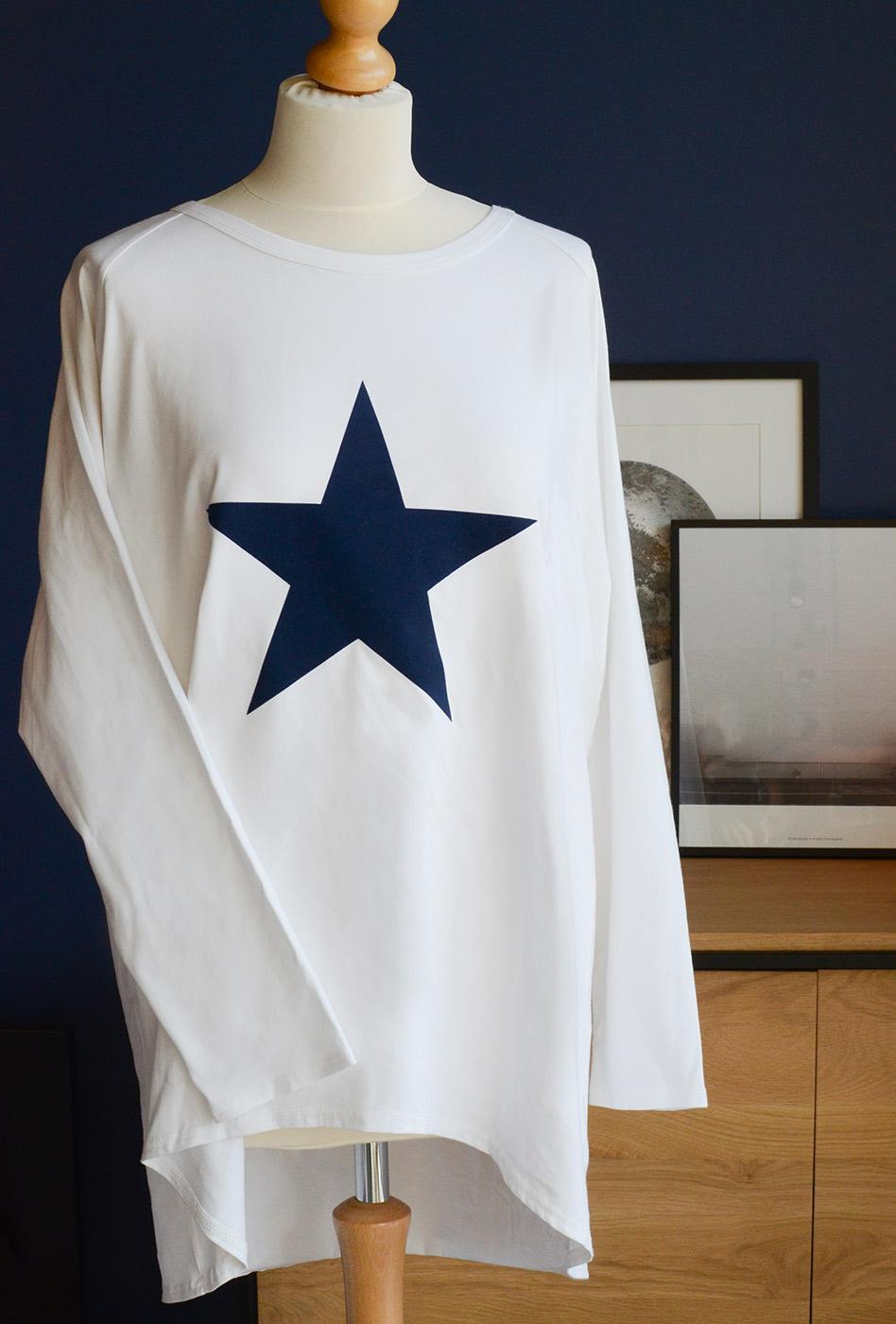large-star-lounge-top-navy-&-white