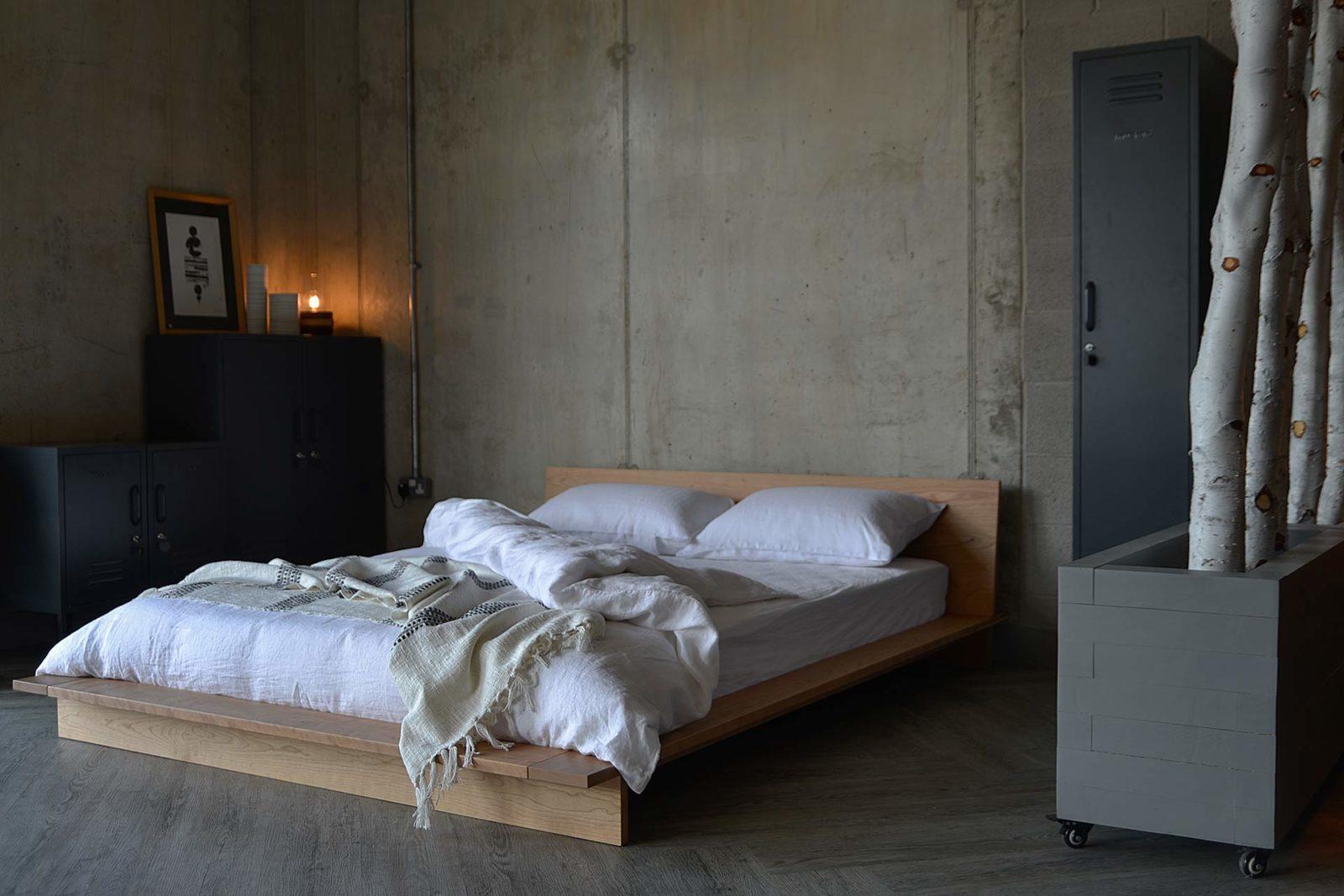 linen-bedding-on-cherry-oregon-bed