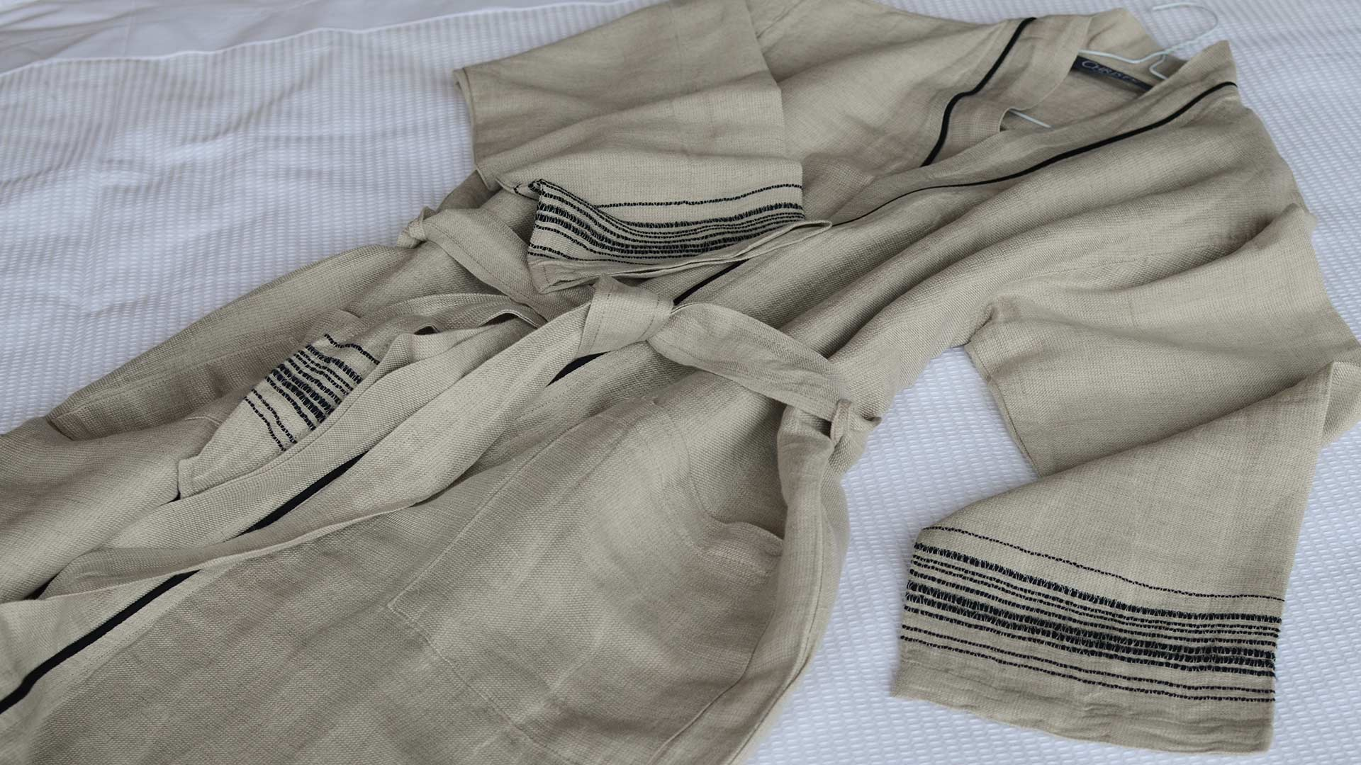 linen rich-robe-beige-and-black