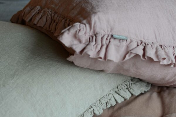 linen-ruffle-cushions-pink-and-sandstone