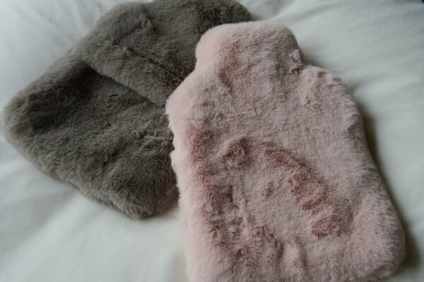 luxury-faux-fur-hotwater-bottles-grey-and-pink