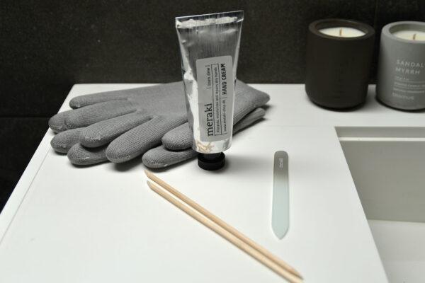Meraki hand and nail care