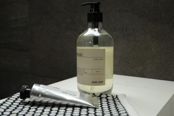 meraki handwash, handcream and mitt