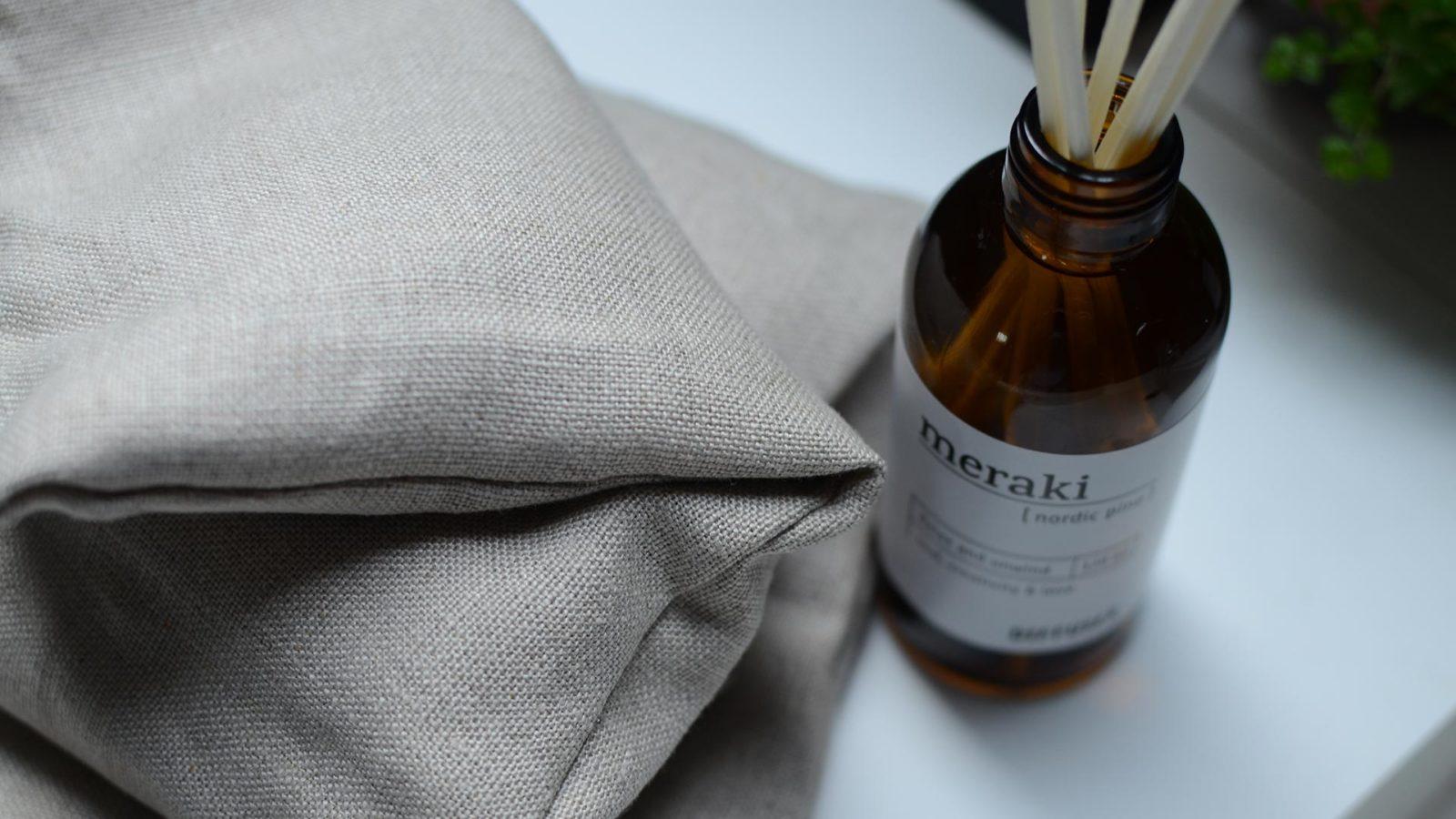 meraki soothing neck wrap in organic linen