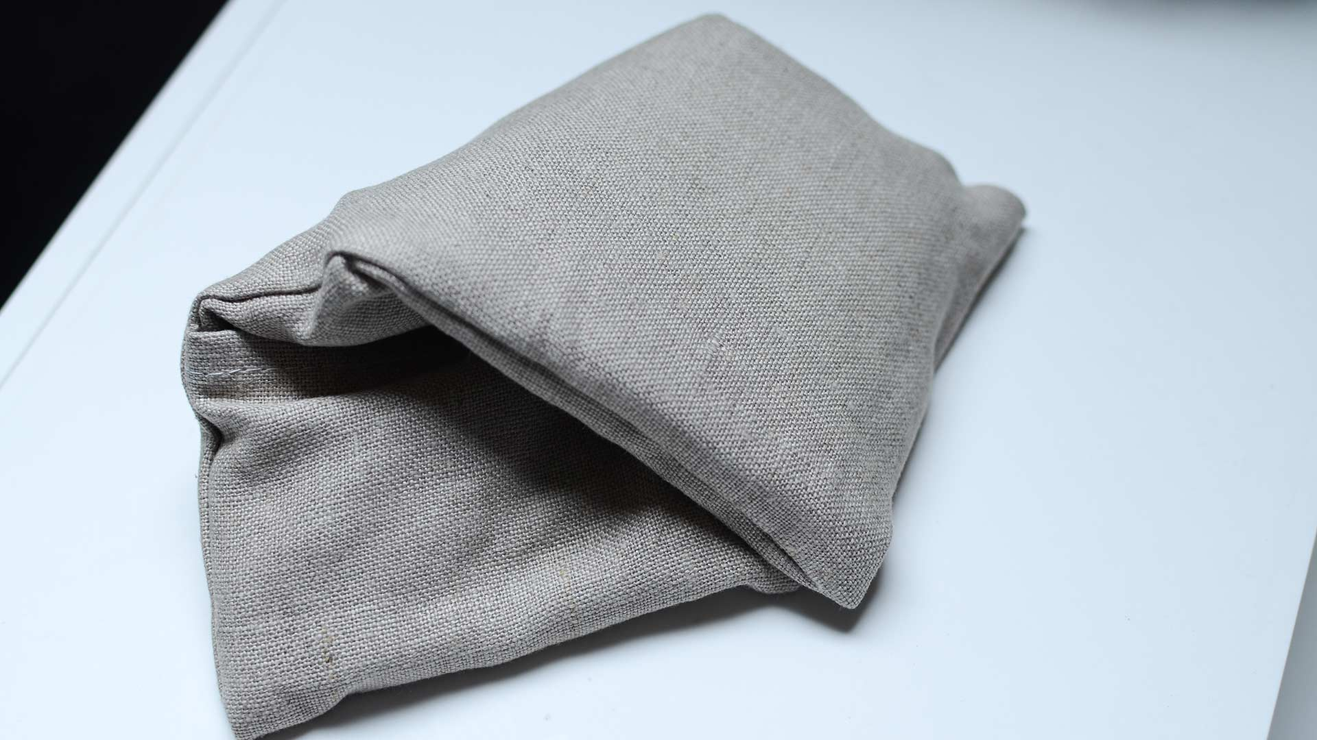 meraki-organic-linen-eye-pillow