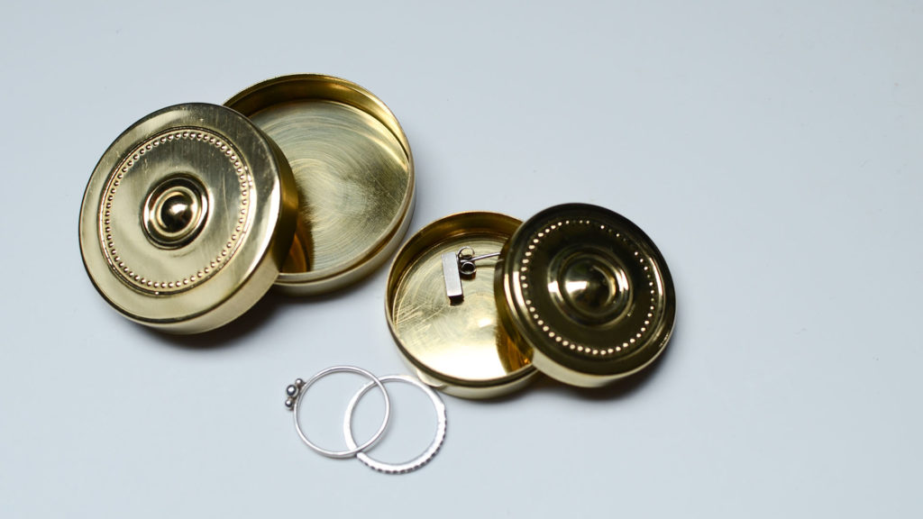meraki-small-brass-containers-style2