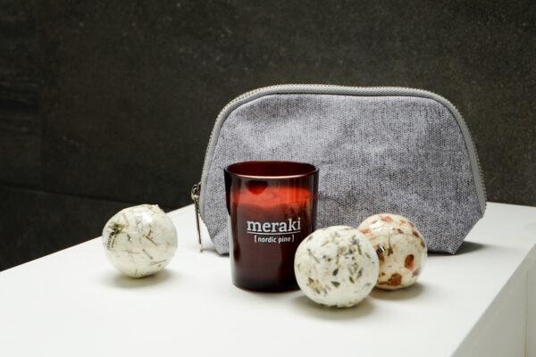 meraki washbag, small candle, 3 bath melts