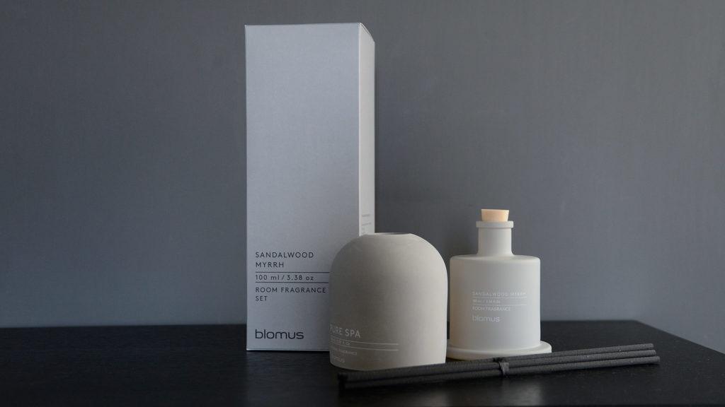 concrete look room scent diffuser in sandalwood and myrrh fragrance