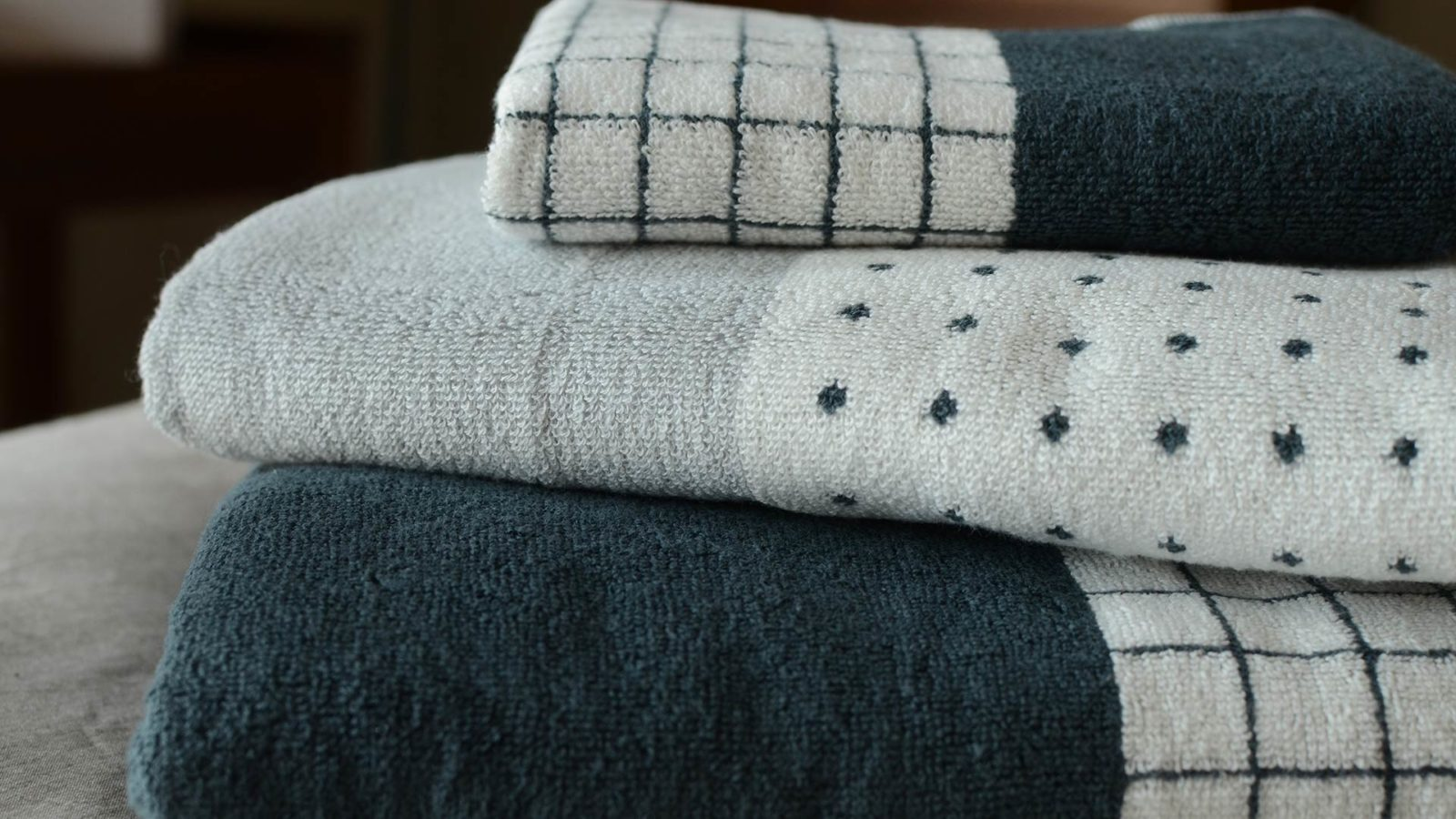 modern-towels-pure-cotton towel-stack