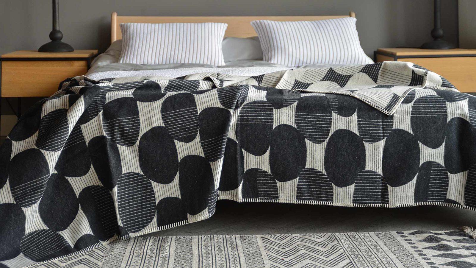 modern graphic pattern soft blanket
