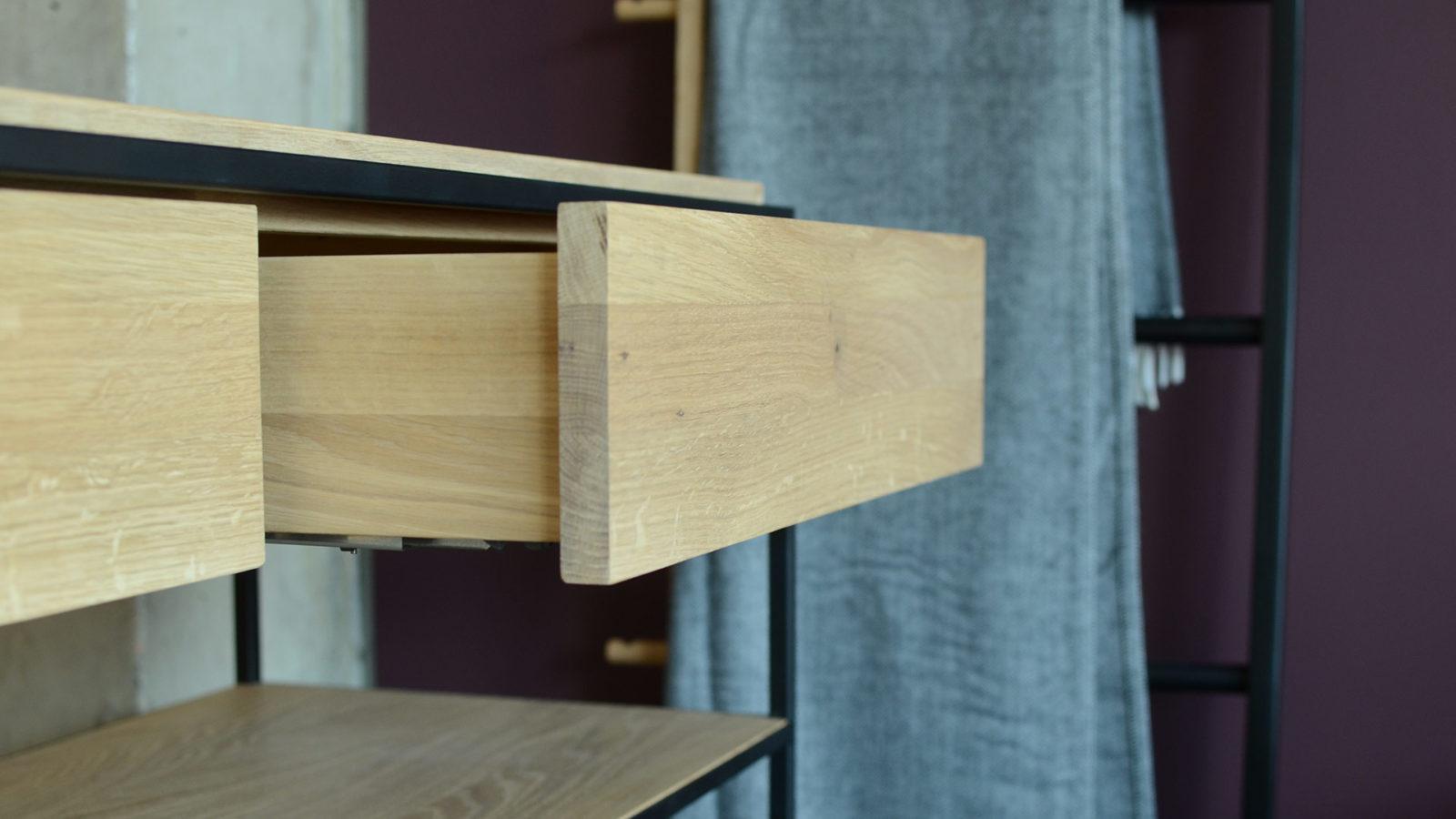 monolit-console-detail