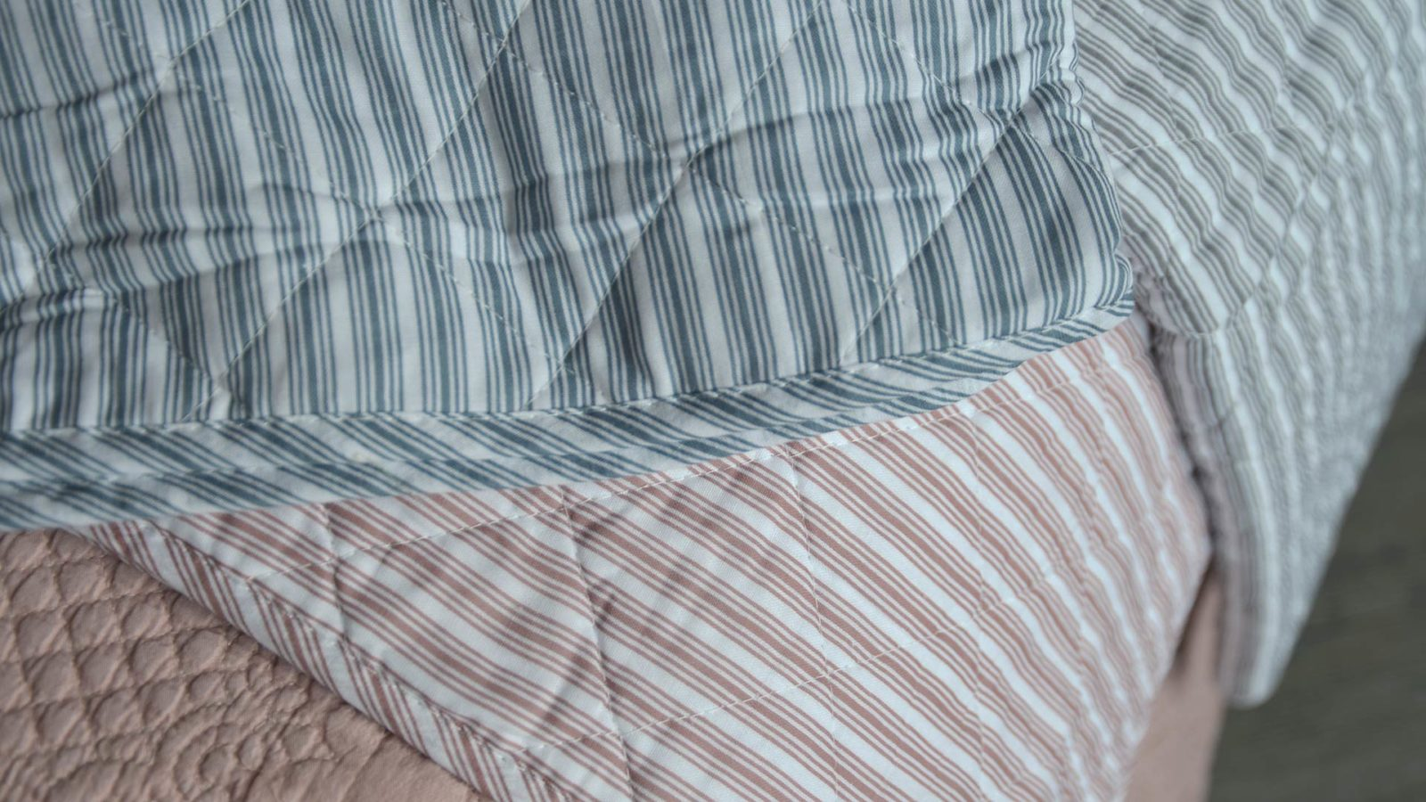 multi-stripe quilted blankets
