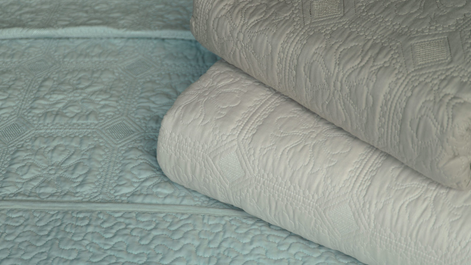 Embroidered quilted bedspreads