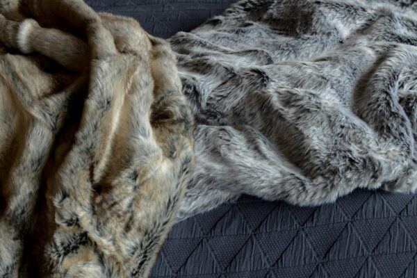 natural-look-faux-fur-throws-elk-&-silver-fox