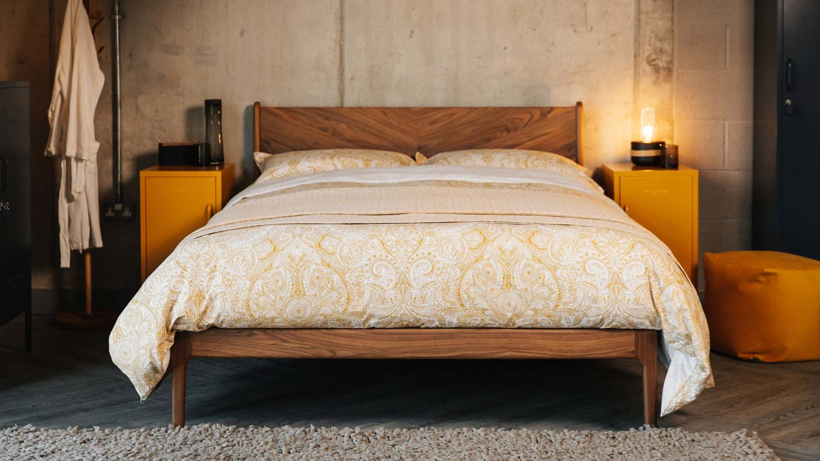 font view of the King size hand made walnut Hoxton bed