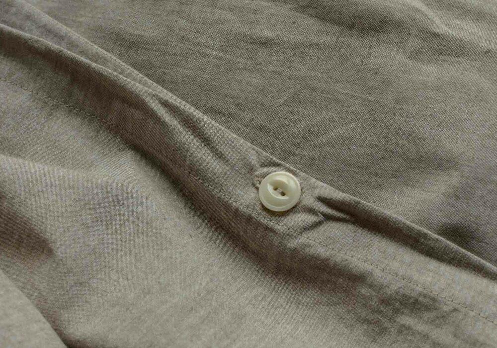 organic cotton duvet cover in brown-melange opening detail