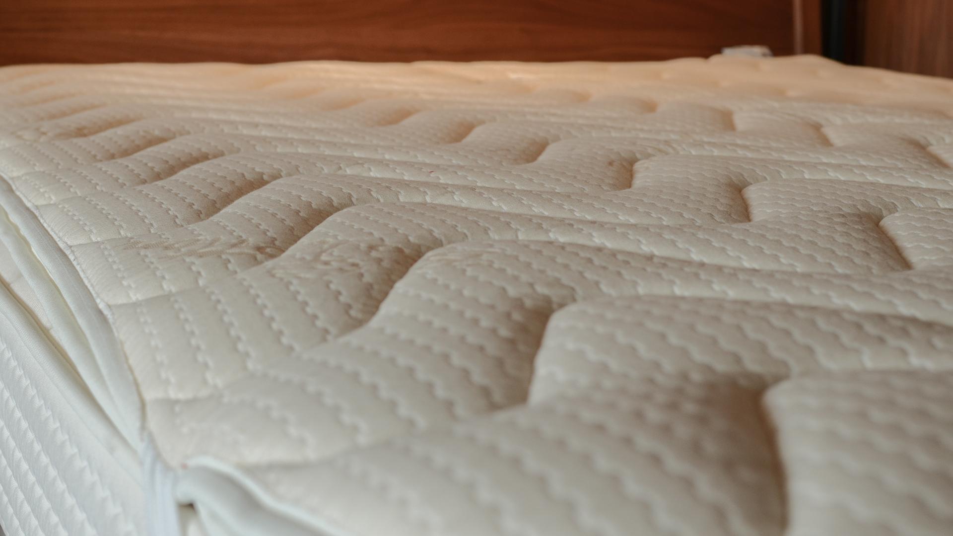 organic cotton & wool dual side mattress topper - cotton side