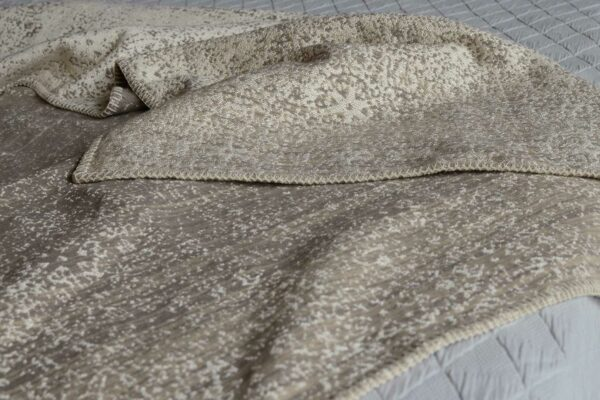 patina-cotton-rich blanket