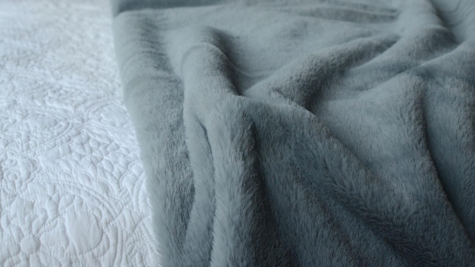 plush-faux-fur-throw-ice-blue