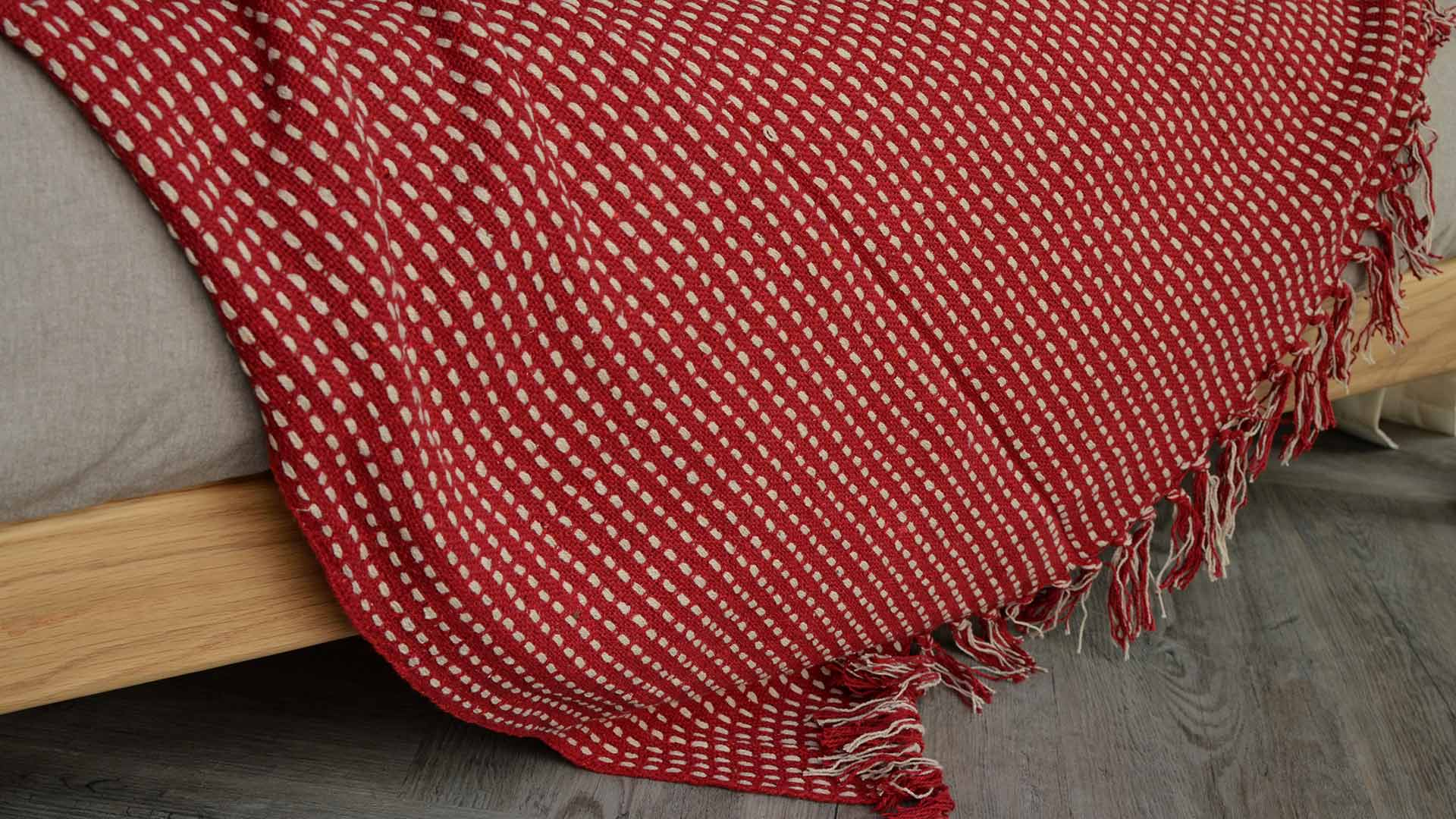 c90d1ac72 Red and Cream Cotton Throw