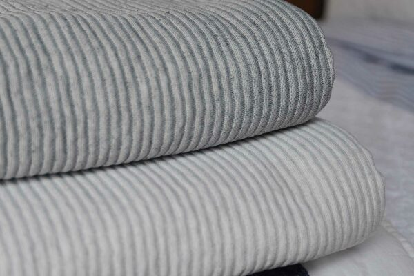 Ridge-bedspreads-stack