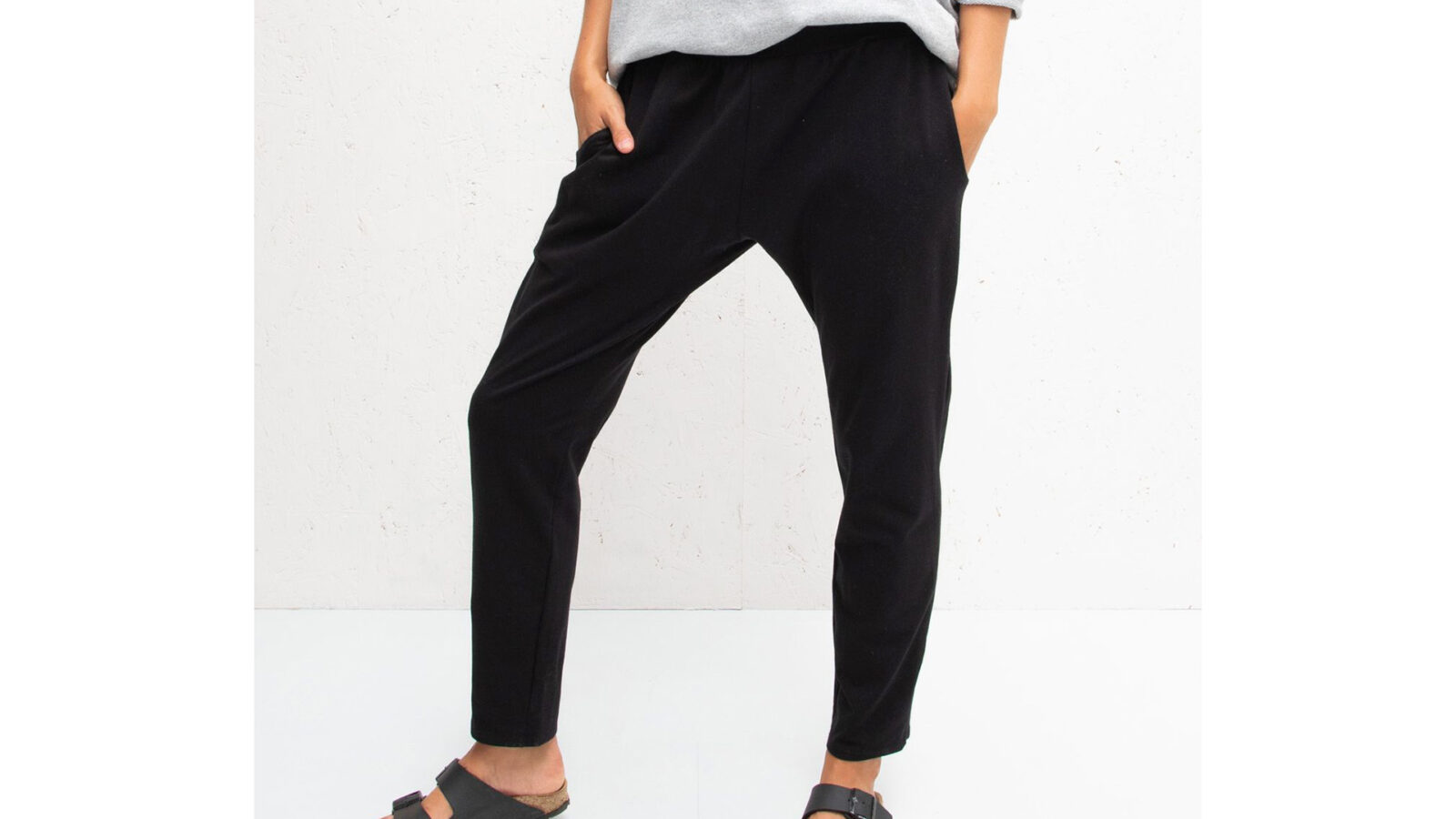 loose fit black jersey lounge pants