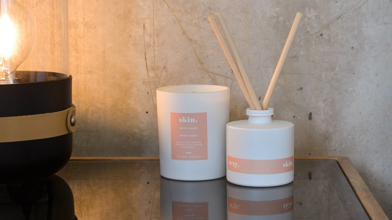 room-scents-in-white-glass-diffuser-and-candle-Skin