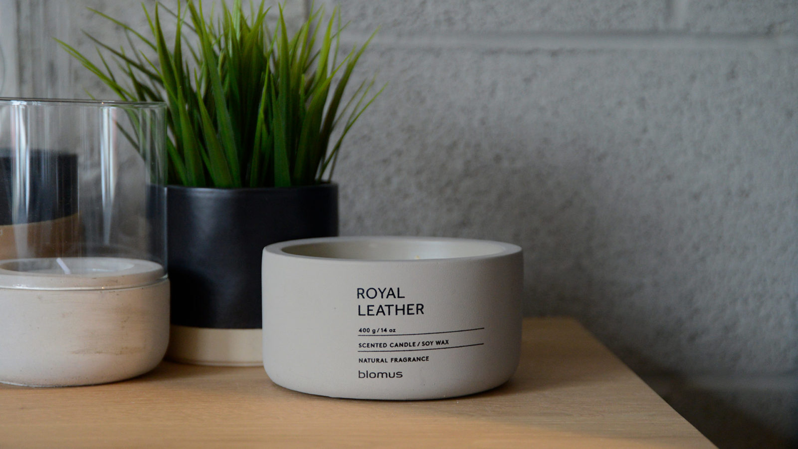 royal leather scented candle