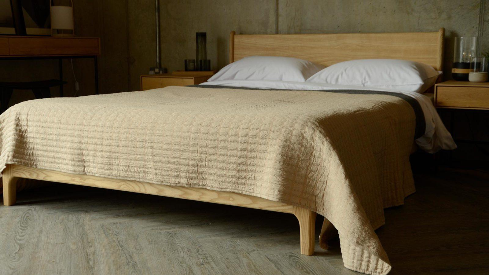 pale beige bedspread