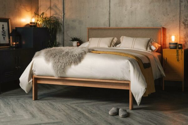 Organic cotton bedding in finest sateen
