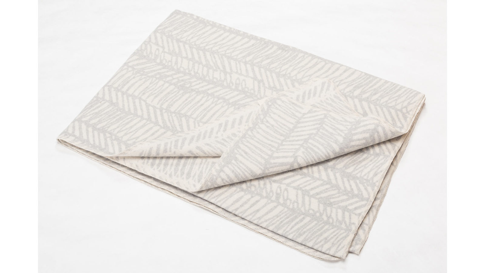 scribbled-stripe-blanket-ivory-and-silver-grey