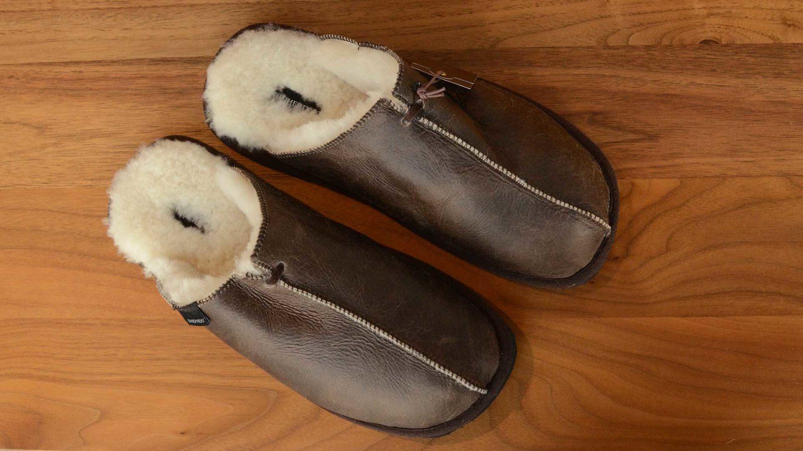 shepherd-Hugo-mens-leather-slippers