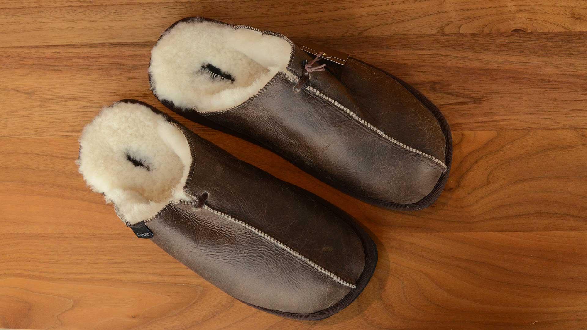Hugo Sheepskin Slippers | Slippers | Natural Bed Company