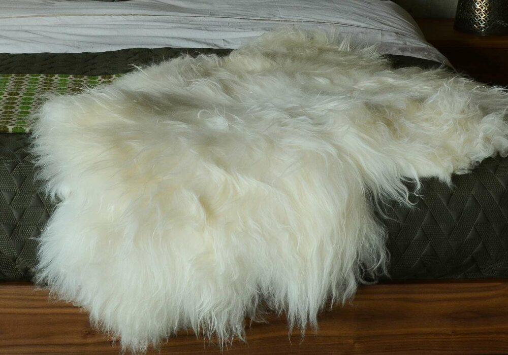 shepherd-Island-sheepskin-white