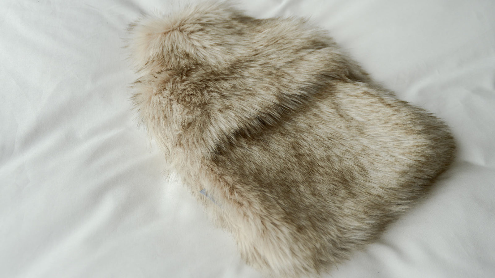 siberian-wolf-faux-fur-hotwater-bottle-cover