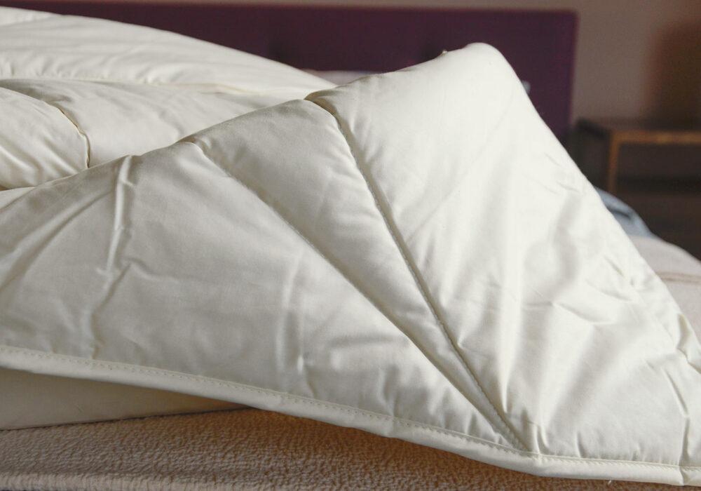 lightweight hypoallergenic wild silk filled duvet