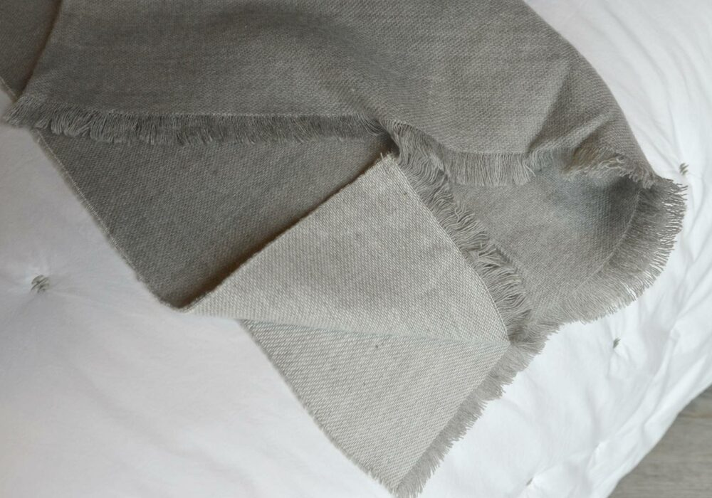 silver-grey-soft-fringed-throw