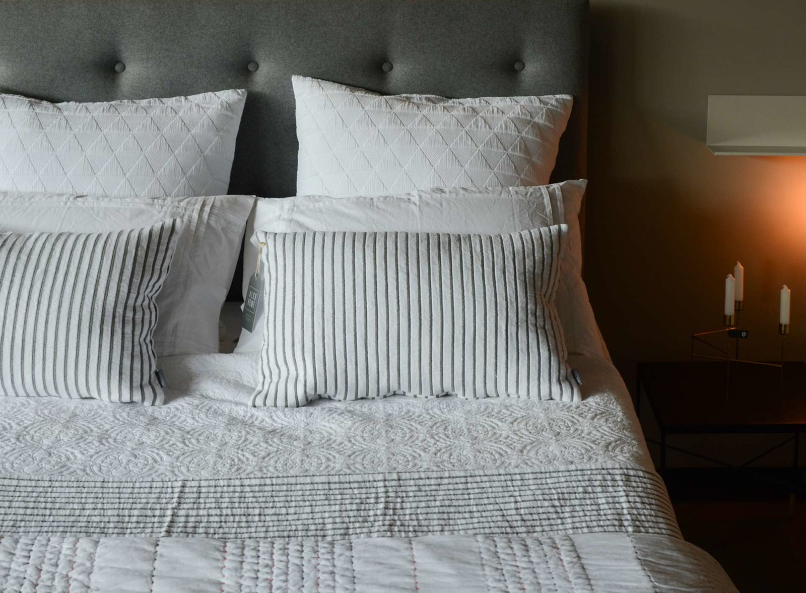 skye-bed-with-white-and-grey-bedding
