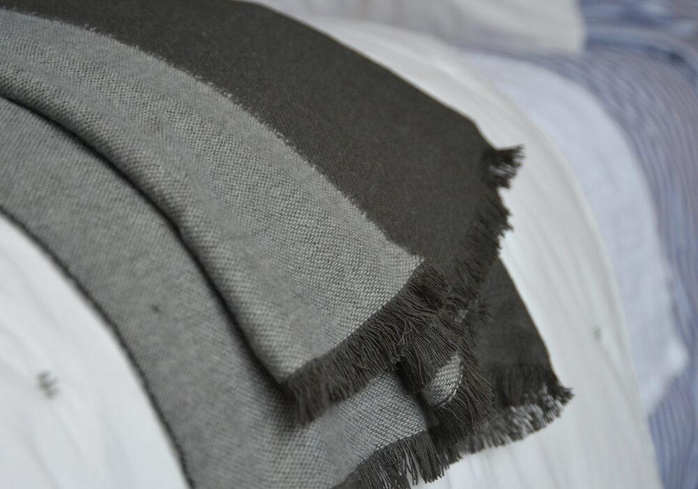 grey-soft-throw-with-fringe