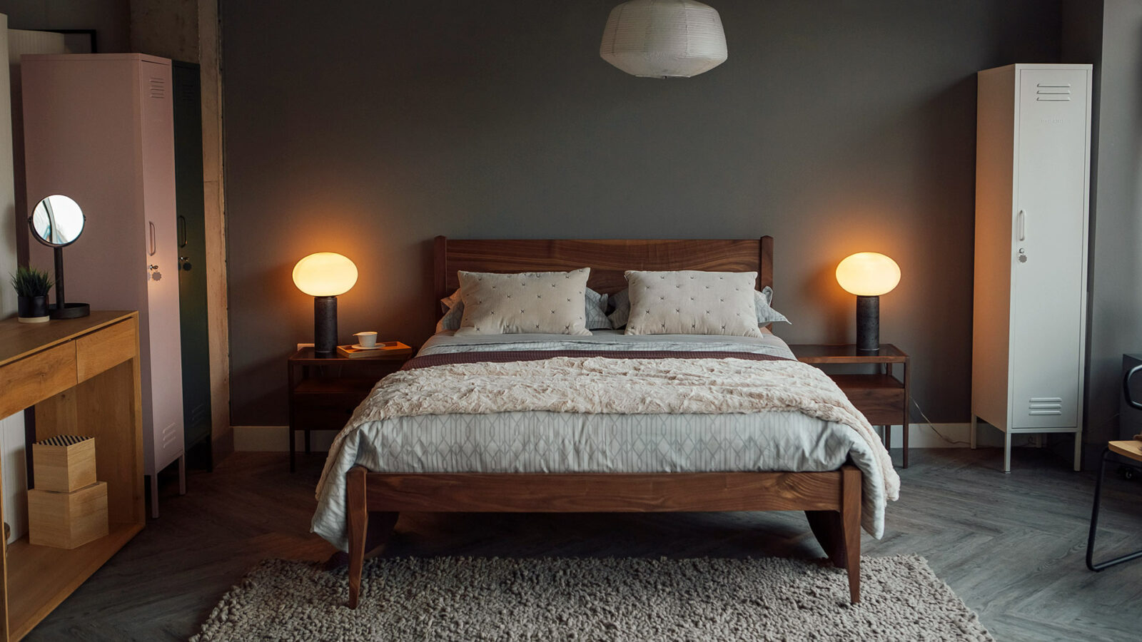Classic walnut Cochin bed in King size, hand made in Britain from solid timber.