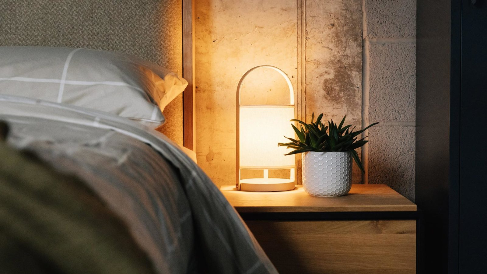 St Ives bedside lamp from Natural Bed Company