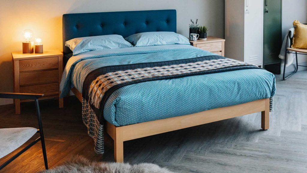 Sashiko reversible bedding - duvet set - teal with grid throw