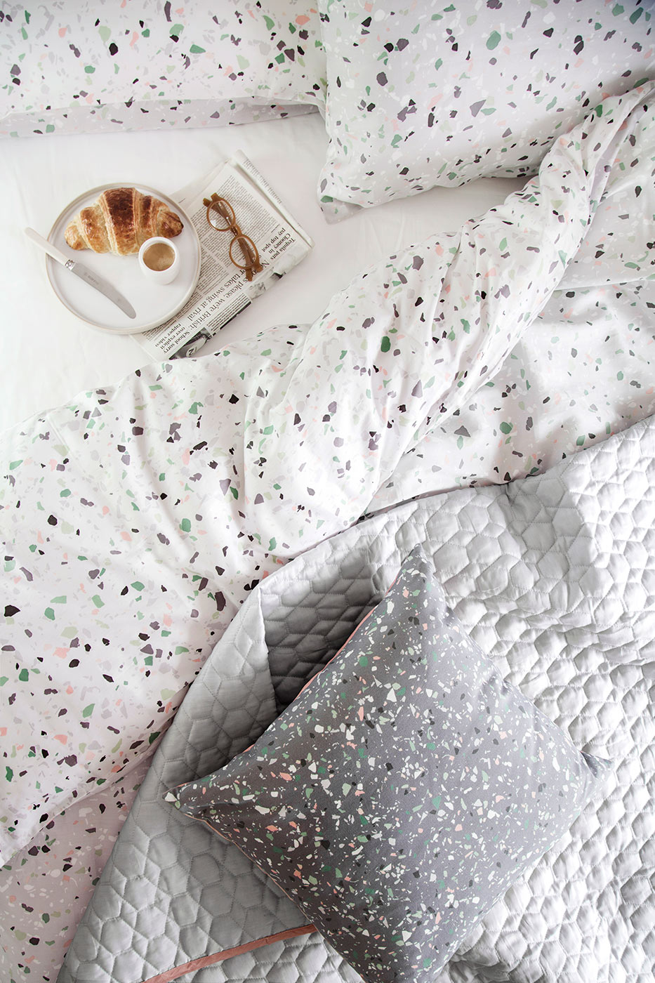terrazzo-bedding-from-above