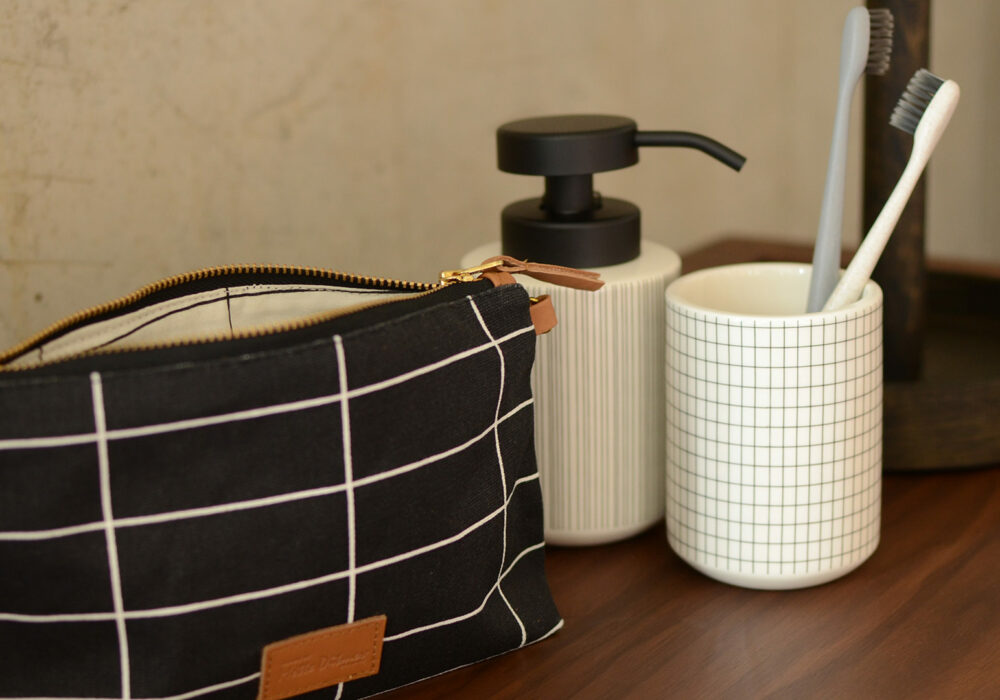 tile-design-small-wash-bag