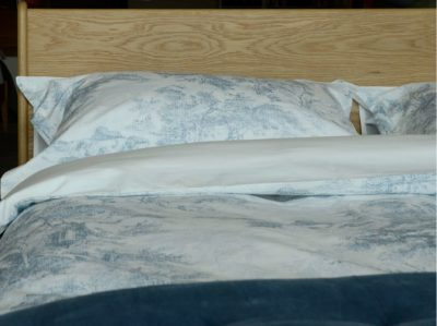 toile-print-bedding-detail