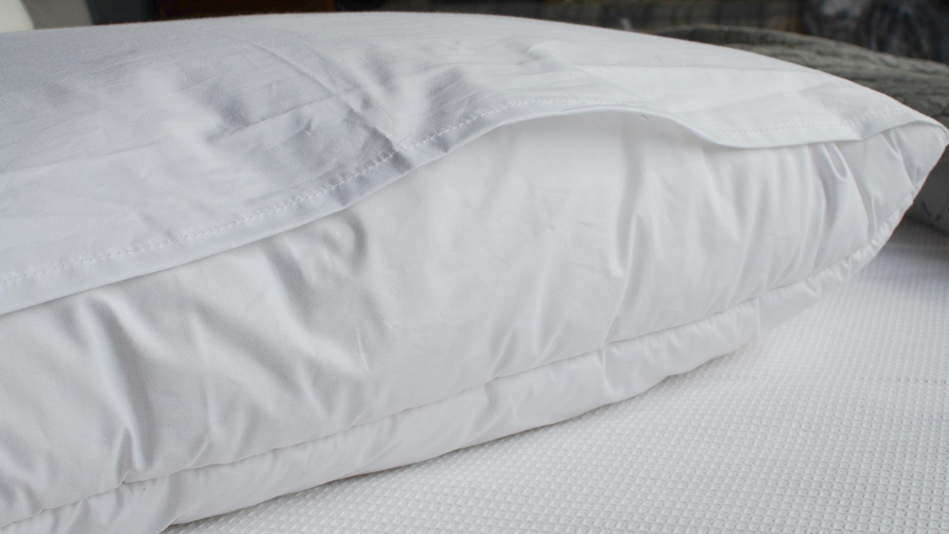 tri-fold-pillow-back-folded