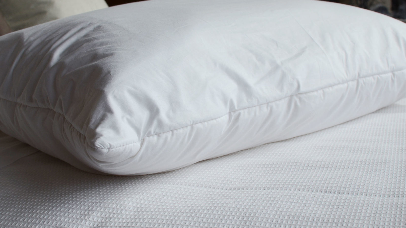 tri-fold-pillow-front-folded