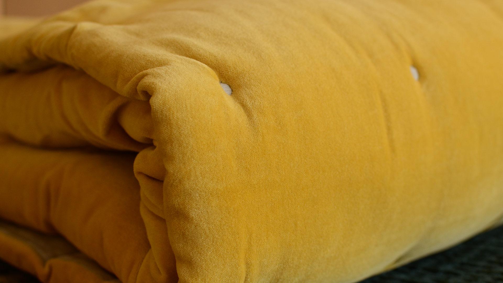turmeric-colour-velvet-quilt-detail