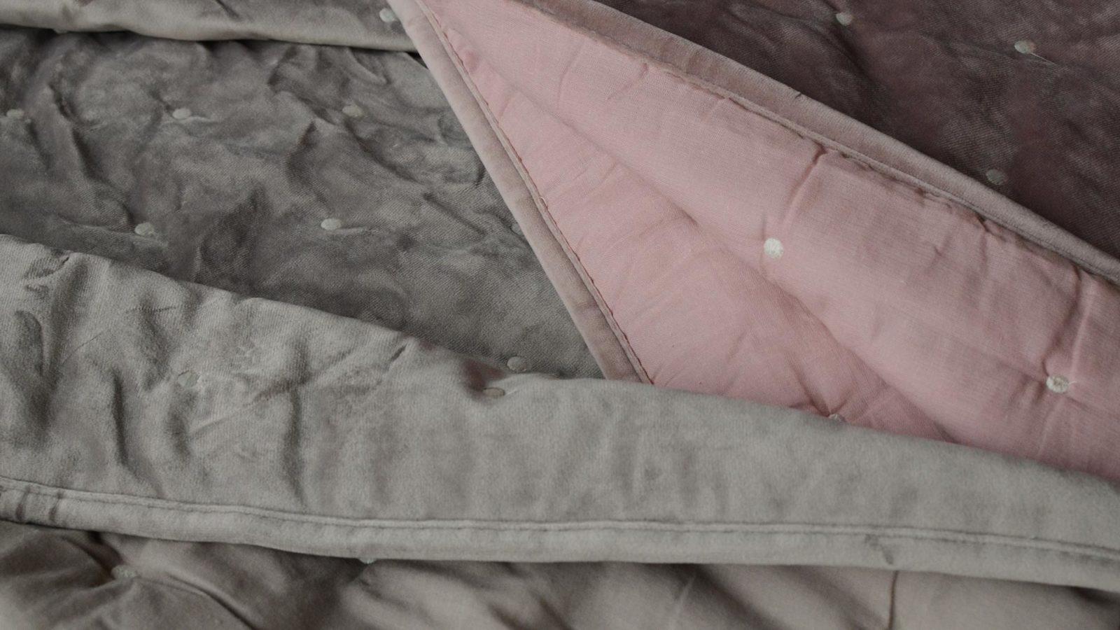 velvet-look-bedspreads